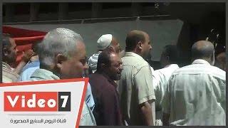 بائعو خان الخليلى بالإسكندرية يصلون الوزراء لمتابعة نتيجة شكواهم