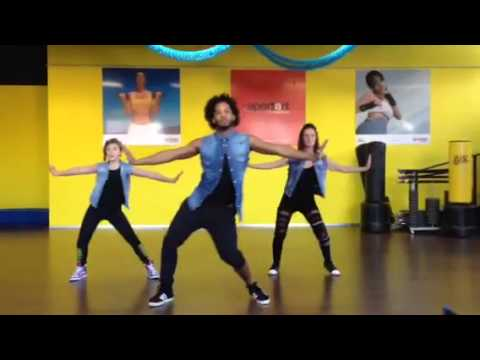 Wisin - Que Viva La Vida By Juan Saturria (zumba Fitness) video