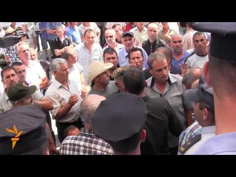 Protestors Smash Down Barriers At Kosovo Parliament