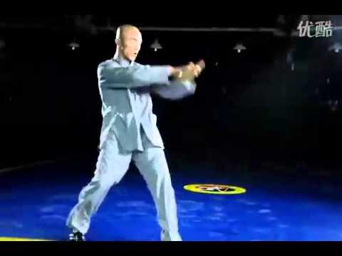 Fake Shaolin monk Yi Long demonstrates Chinese Kung Fu