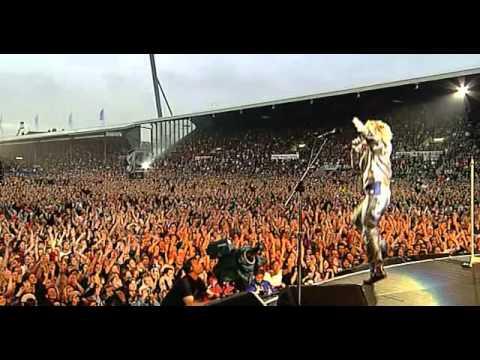 Bon Jovi - Livin On A Prayer Live (the Crush Tour '00) video