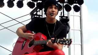 Watch Austin Mahone Let Me Love You video