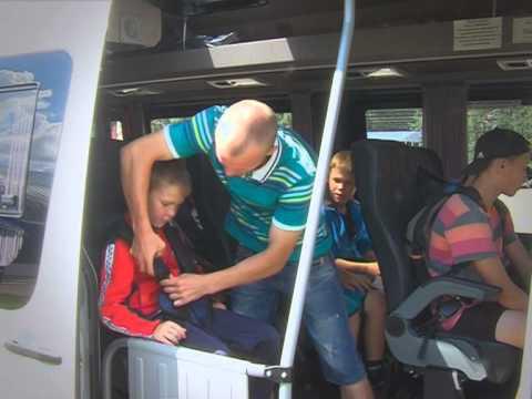 v-avtobuse-golie