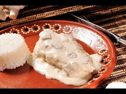 Pollo en crema de champiñones - Chicken in Cream of Mushroom