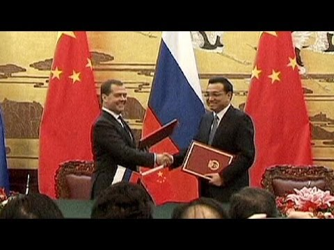 Russia looks to China for energy exports - economy