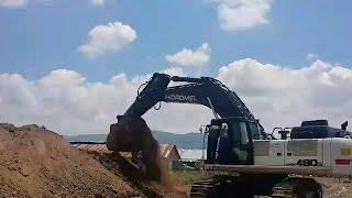 Hidromek hmk 490lc ekskavatör ile kanal kazma calışması
