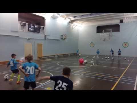 Игра на точность передачи мяча