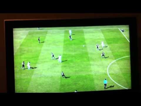 FIFA 12 démo | BUG gliss 50m | WTF ?!?