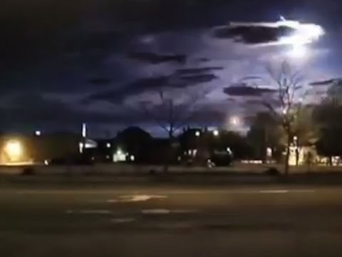 Raw: Meteor Lights Up New England Sky