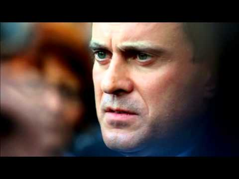 French PM Manuel Valls tenders government's resignation
