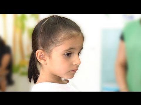 Videos relacionados de Dos trencitas. Peinados para niña