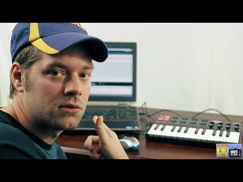 Akai MPK Mini MIDI Controller Overview [SWAT]