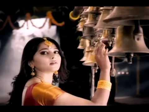 Anushka in Jewellery  Ad