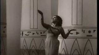 Galina Vishnevskaya sings Aida (vaimusic.com)