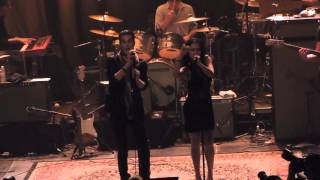 Perry and Etty Farrell - Gold Dust Woman at Fleetwood Mac Fest