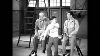 Watch Frank Sinatra I Believe i Believe I Believe In Wishing Wells video