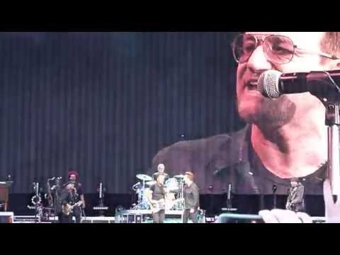 "Bruce Springsteen w/ Bono ""Because The Night"" Dublin 2016"