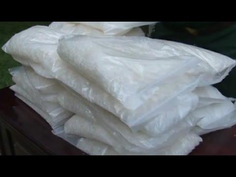 Vứt lại 30 kg ma túy đá, vượt biên sang Trung Quốc