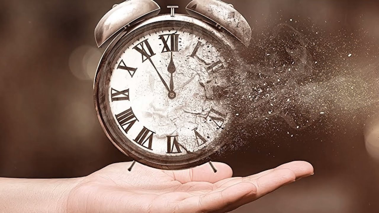 Почему время замедляется во время критических ситуаций?  | DeeaFilm