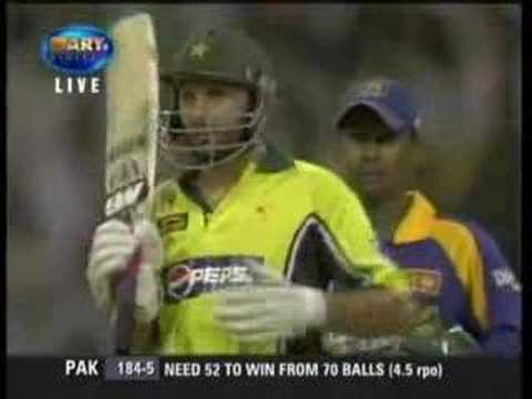 Shahid Afridi Makes 32 Runs From 1 Over Vs Sri Lanka video