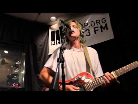 Grouplove - Shark Attack (Live @ KEXP, 2013)