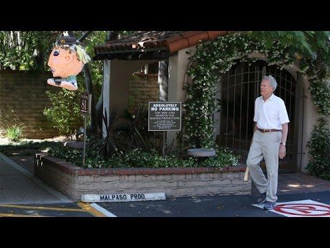 Clint Eastwood Takes a Swing at Ellen