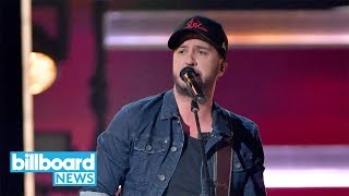 Luke Bryan Kicks Off 2018 Cma Awards With 34 What Makes You Country 34 Performance Billboard News