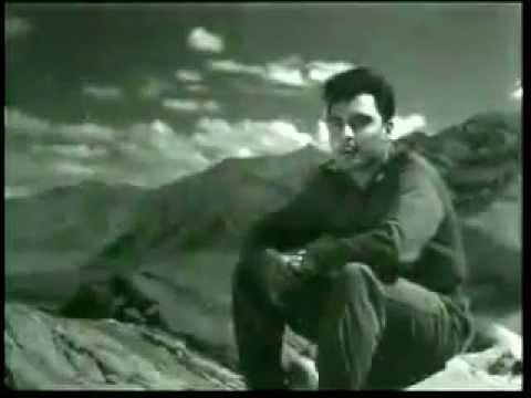 Mein Yah Sochkar   Mohd Rafi   Haqeeqat Old Hindi Song video