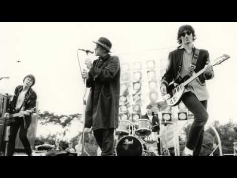 R.E.M. - Perfect Circle