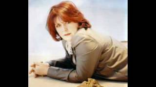 Watch Maggie Reilly To France video