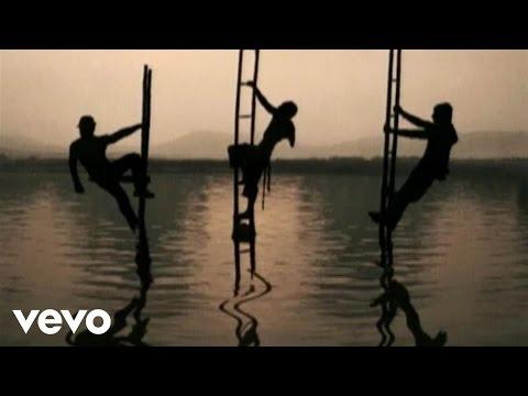 Camila - Alejate De Mi (Lyric Video)