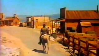 O Estranho Sem Nome - Trecho Dublado - 1973