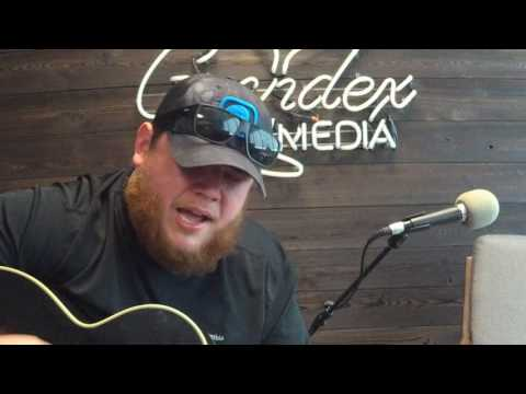 """Luke Combs Sings """"Hurricane"""" On The INSIDE TFM Podcast"""