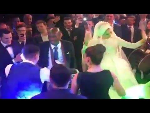 Mustafa Pektemek'in Düğününde Atiba Hutchinson'dan Davul Şov - 3 Video ve Düğün Fotoları