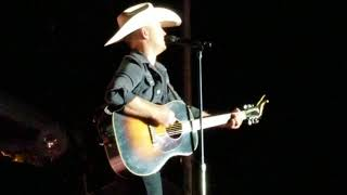 That 39 S My Boy Justin Moore New Song