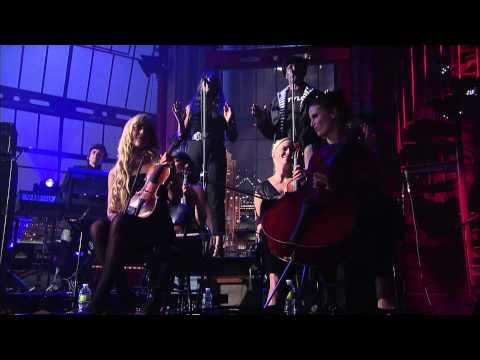 Gorillaz - Kids With Guns (Live on Letterman)