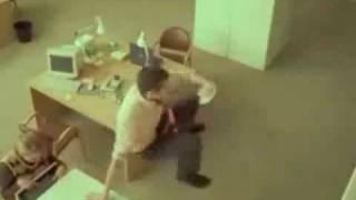 Video clip  Khi sếp nữ  đòi hỏi