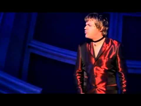 Eddie Izzard - Glorious - ladies live forever