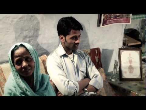 2012 National Bravery Award winners Samshad Ali & Shahnaz Bano