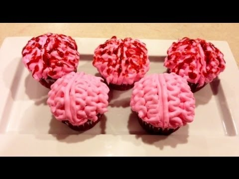 Bloody Brains Cupcakes with Surprise Blood Inside! - YouTube