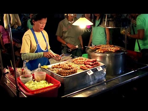 Thai Street Food - Chiang Mai Night Market,Thailand