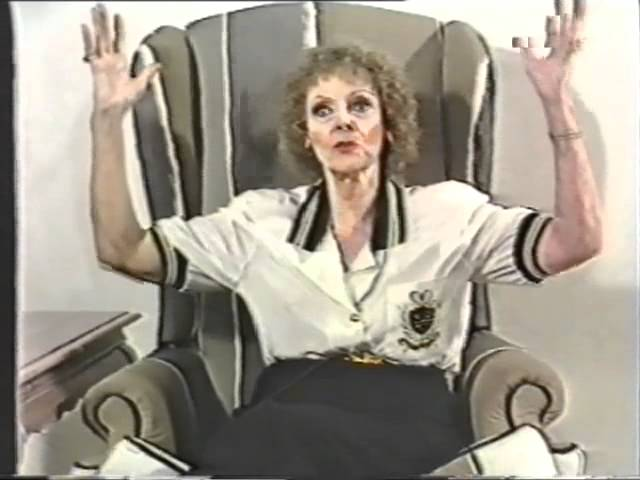 June Lockhart - Interview ( Lost In Space)
