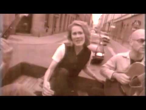 Joni Mitchell - A Bird That Whistles