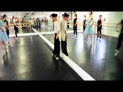 Los Angeles adult ballet class taught by teacher and choreographer Michael ...