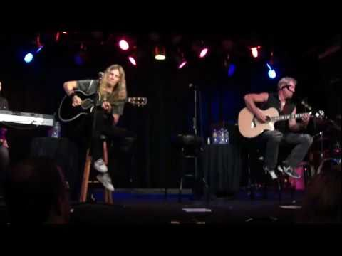 Night Ranger Acoustic Live - Brad Gillis and Joel Hoekstra - Incredible Solo!