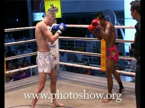 4-fight-4-round-2-3-muay-thai-2005.avi