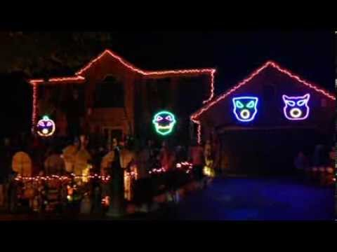 Thomas Halloween 2013, Awolnation Sail, Halloween Light Show