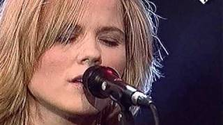 Watch Ilse Delange Have A Little Faith In Me video