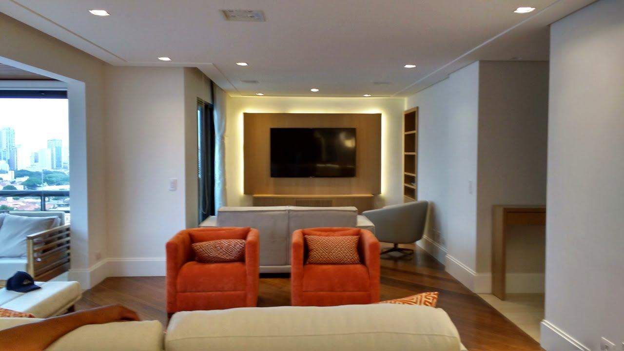 Sala de estar jantar e tv