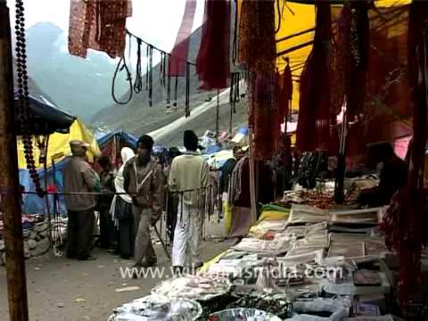 Shopping at a stones throw away during Amarnath Yatra